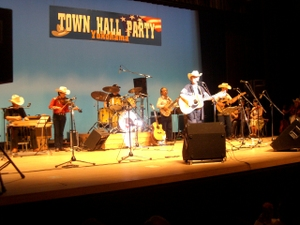 Town_hall_club_band